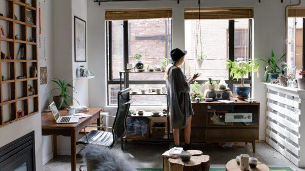 Morar sozinho ou dividir apartamento?