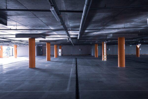 Vaga de garagem em condomínio: saiba mais sobre o assunto