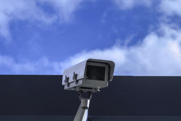 Câmera de monitoramento no condomínio: segurança x privacidade